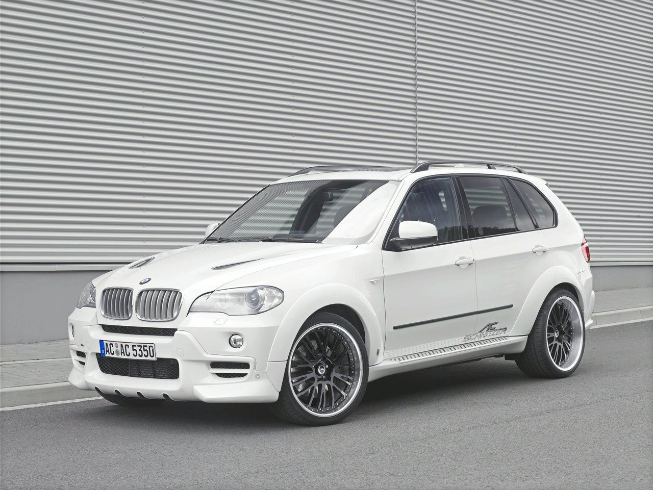 ac schnitzer 39 s falcon kit for the bmw x5 bmw car tuning. Black Bedroom Furniture Sets. Home Design Ideas