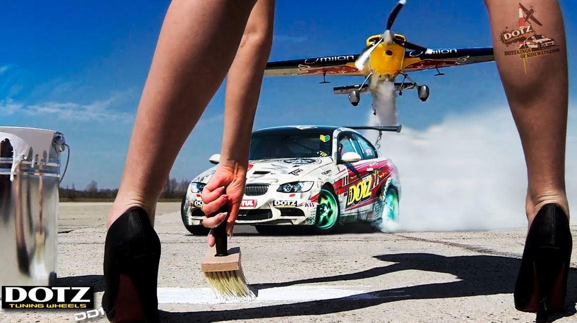 E92 BMW M3 versus plane