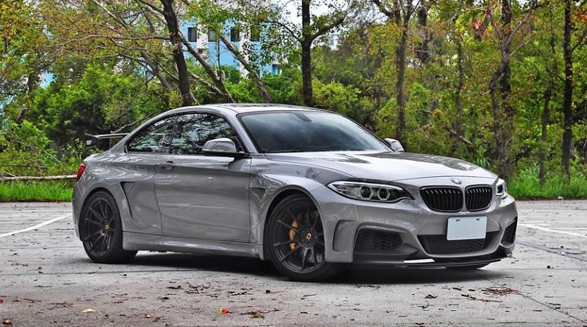 BMW M235i by Manhart