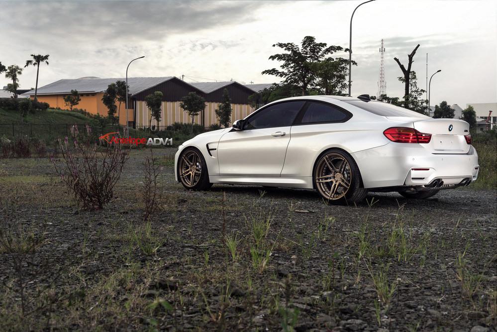 F82 BMW M4 by ADV.1 Wheels