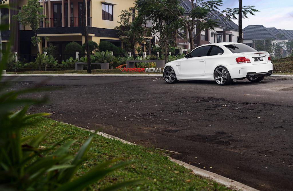 BMW 1M with ADV5 MV.2 Wheels (4)