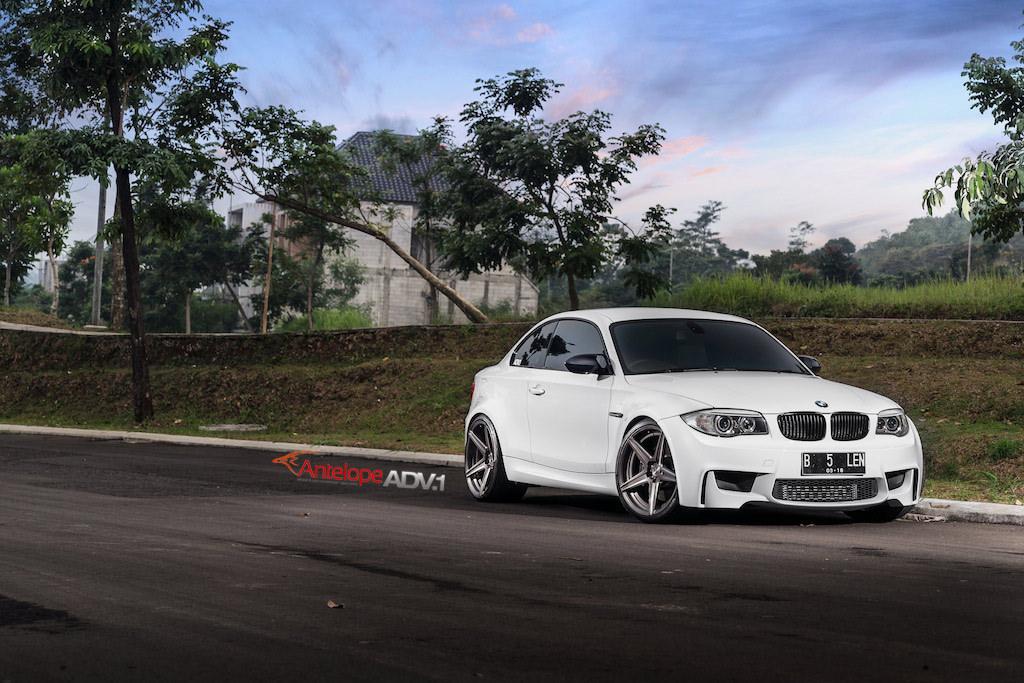 BMW 1M with ADV5 MV.2 Wheels (5)
