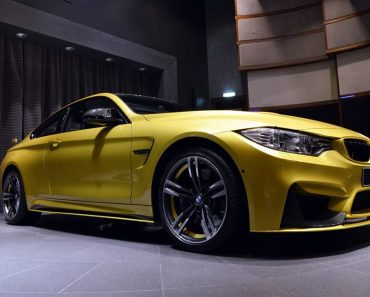 Austin Yellow F82 BMW M4 Coupe at BMW Abu Dhabi (2)