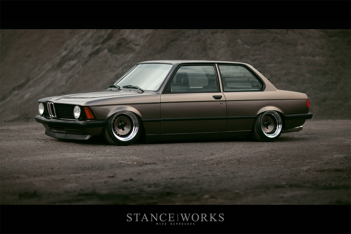 The First Car Ever Made >> E21 BMW 320i looks neat, yet aggressive | BMW Car Tuning