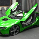BMW i8 in Lava Green