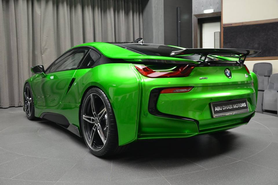 bmw-i8-in-lava-green-16