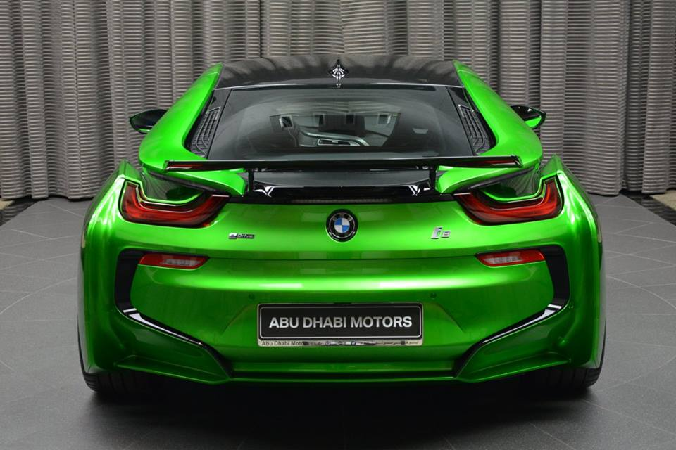 bmw-i8-in-lava-green-17