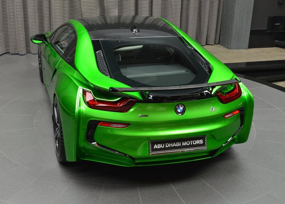 bmw-i8-in-lava-green-18