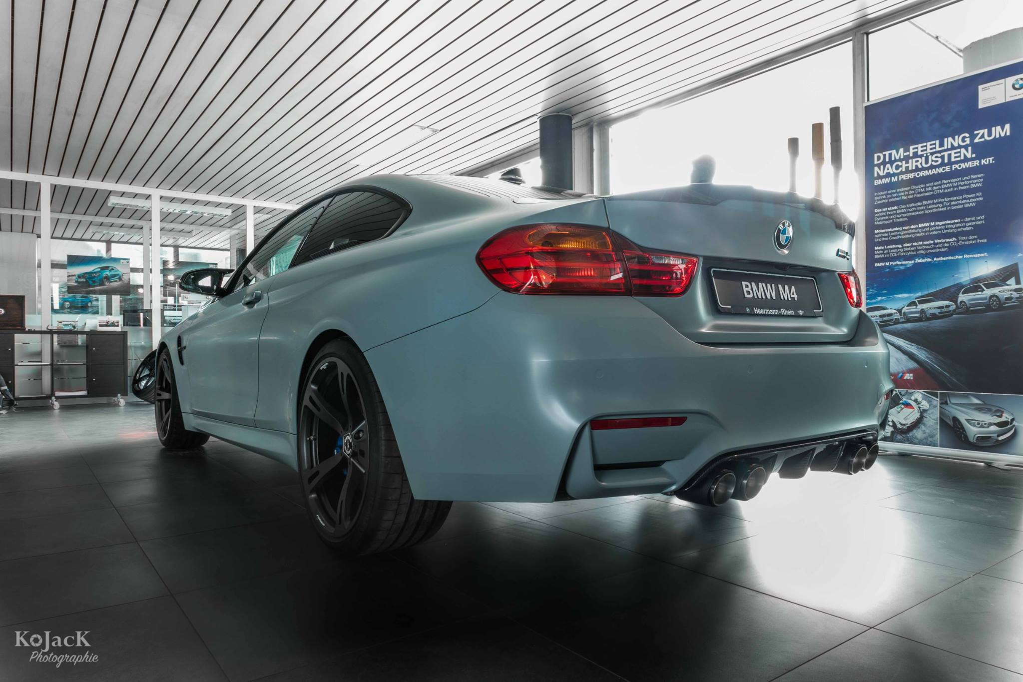 Satin Battleship Grey BMW M4  (13)