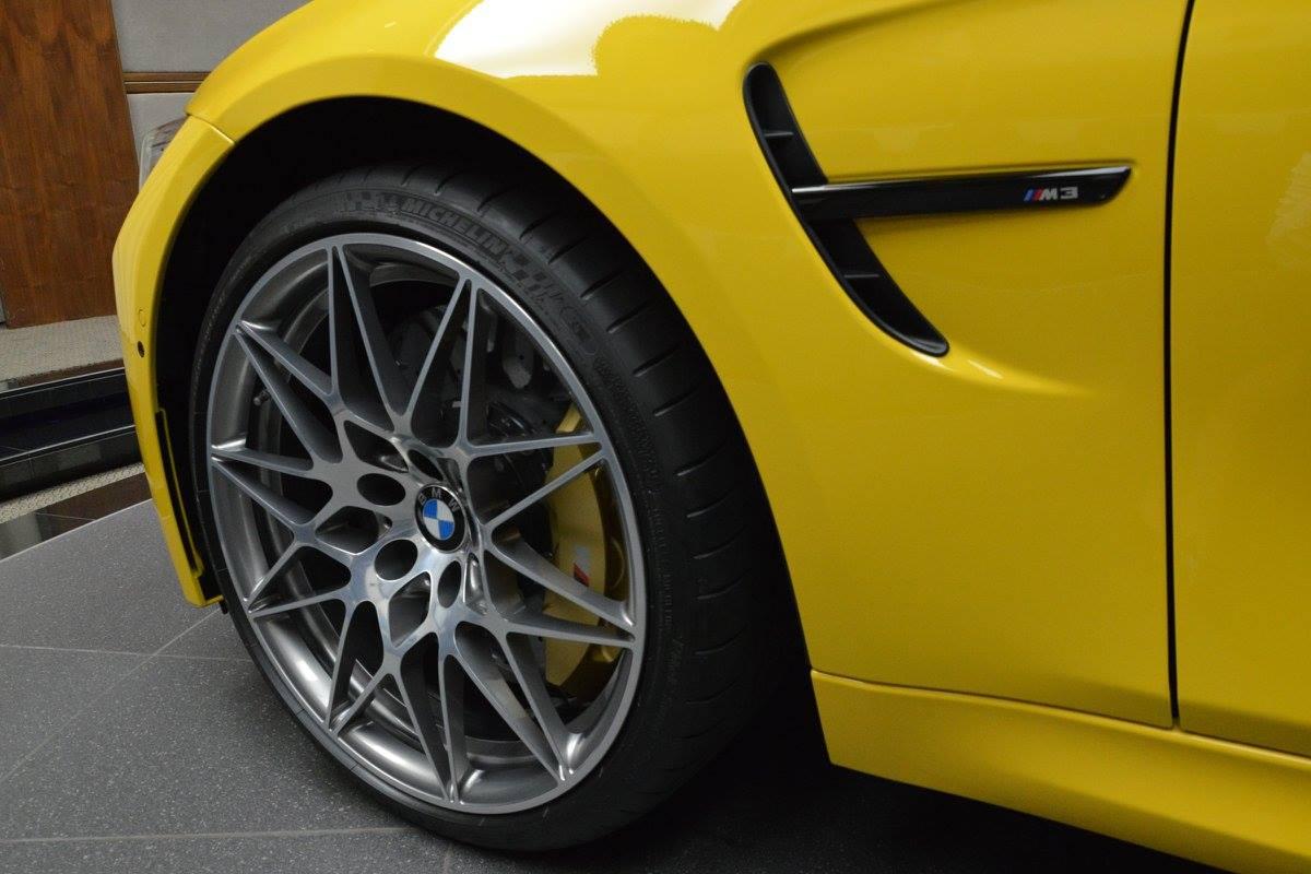 speed-yellow-bmw-m3-27