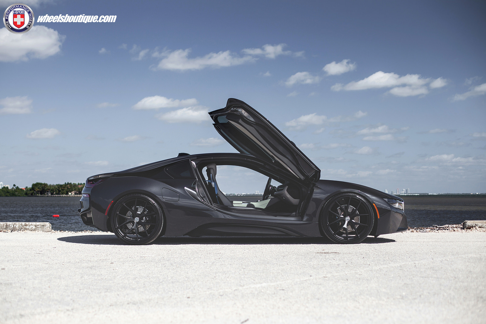 bmw-i8-on-hre-wheels-2