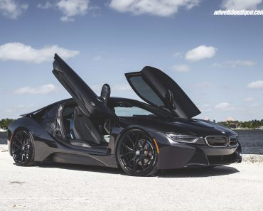 bmw-i8-on-hre-wheels-5