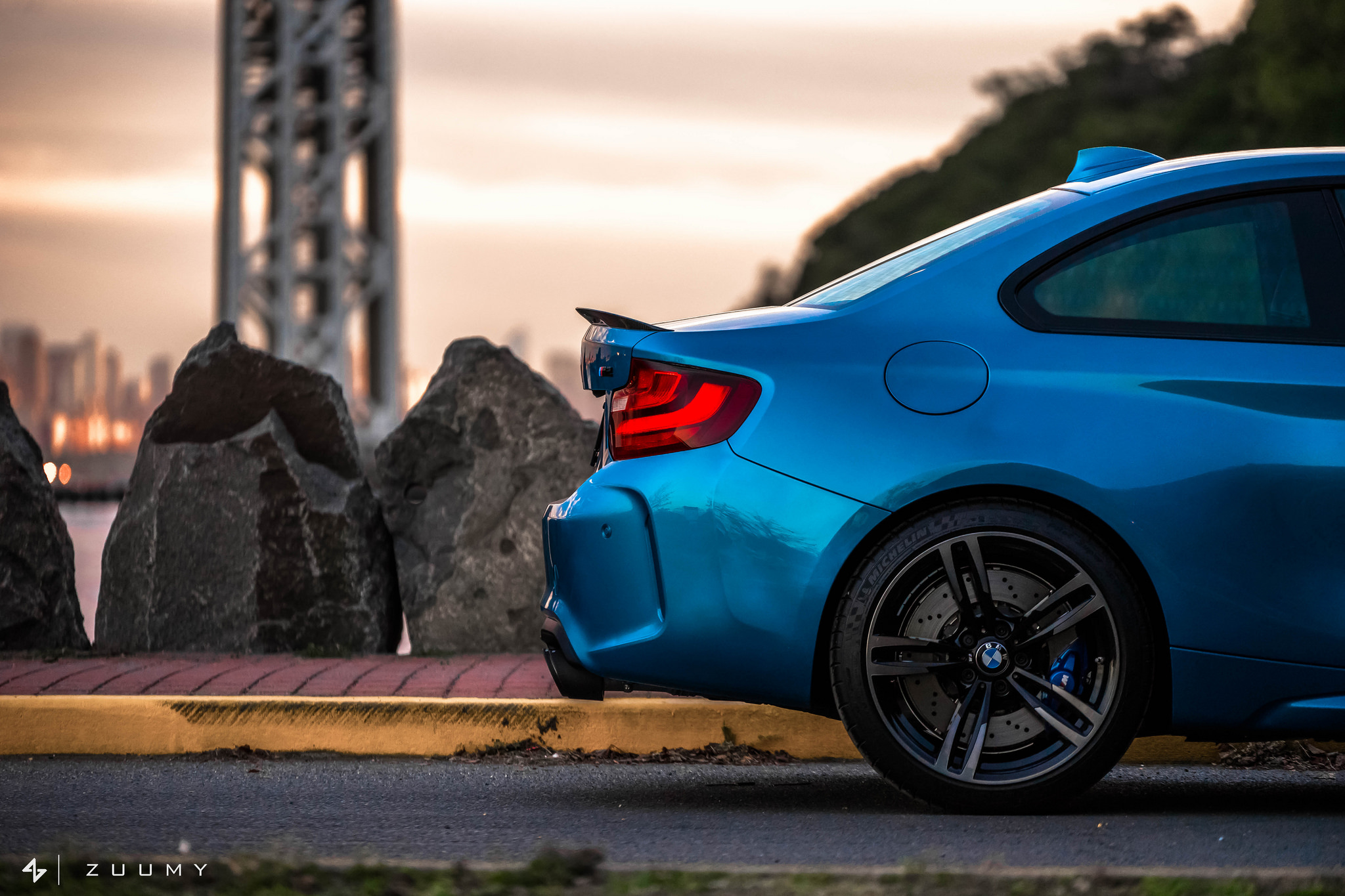 2016-bmw-m2-in-long-beach-by-mode-carbon-3