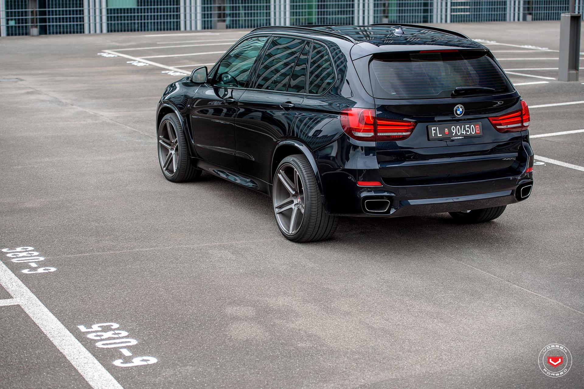 bmw-x5-on-vossen-wheels-10
