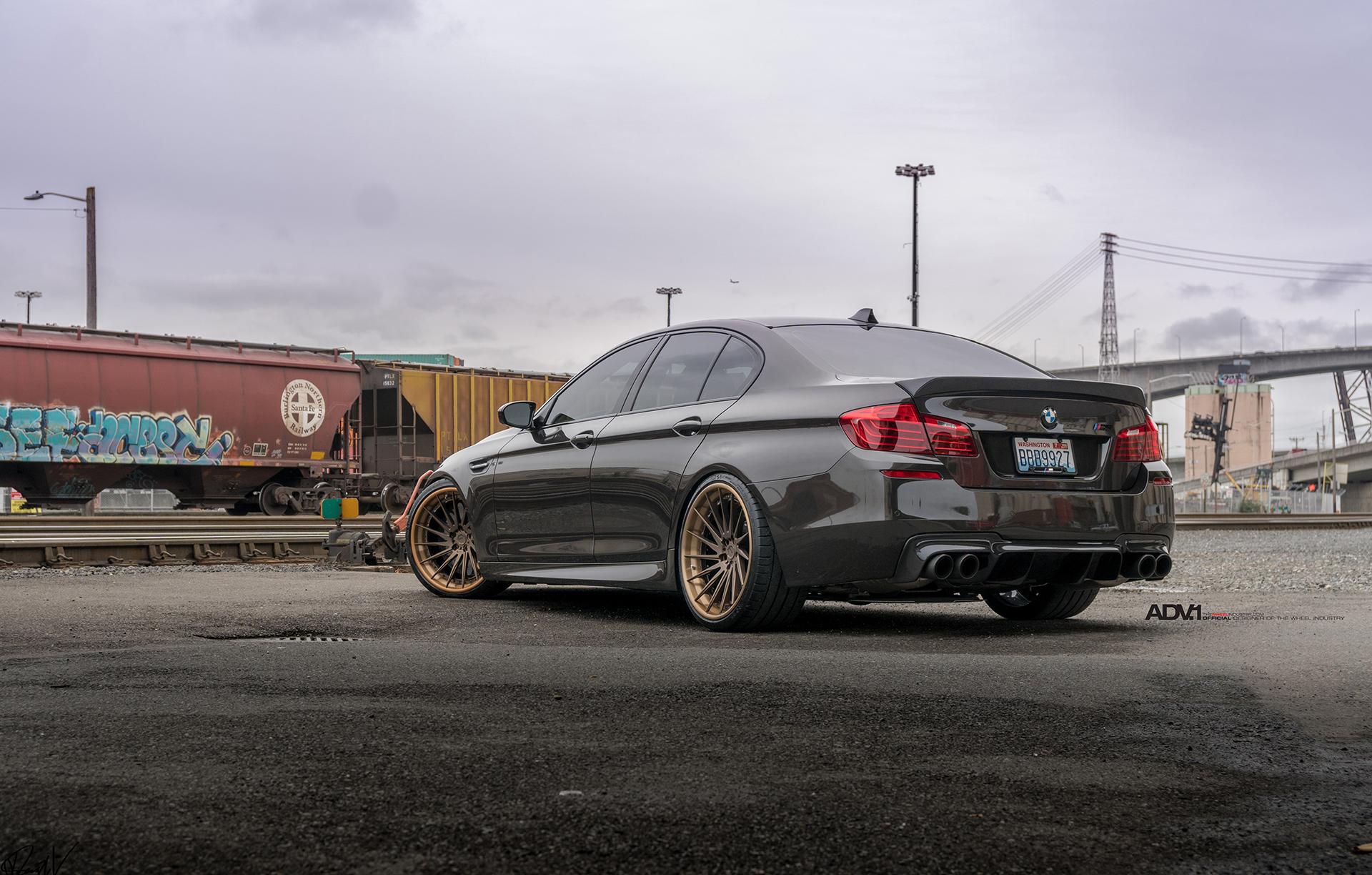 f10-bmw-m5-on-adv-1-wheels-1