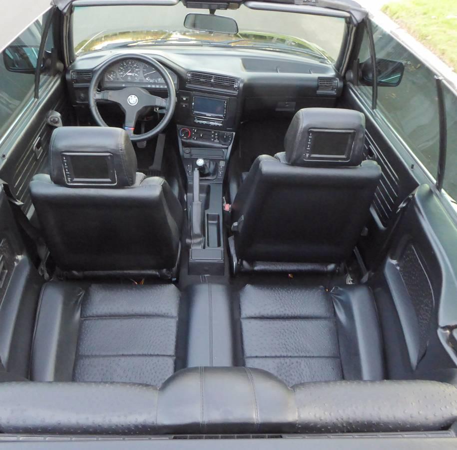 1989 BMW E30 (19)