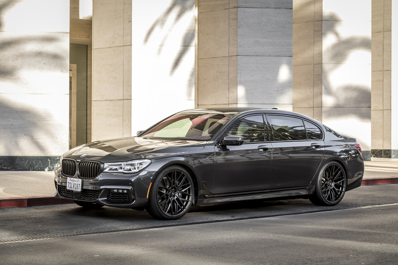 BMW 7-Series Wrapped in V-FF 107 Wheels (16)