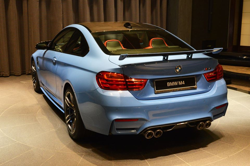 Yas Marina Blue F82 BMW M4 (12)