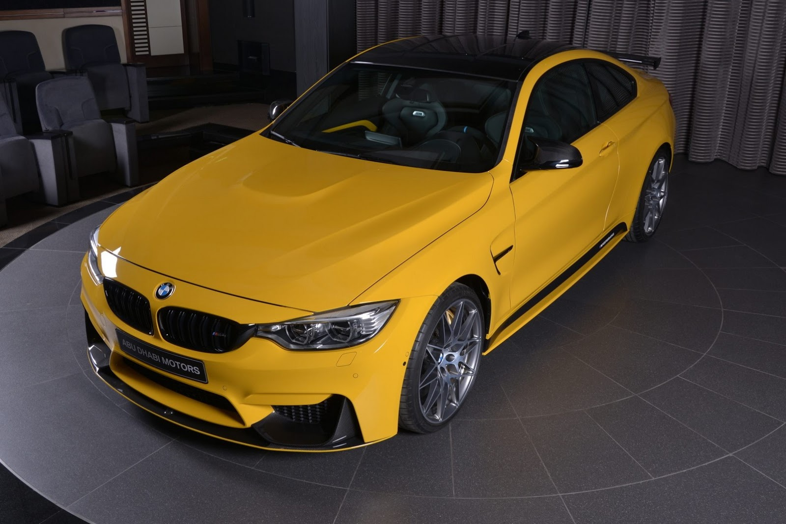Yellow F82 BMW M4 Individual (18)