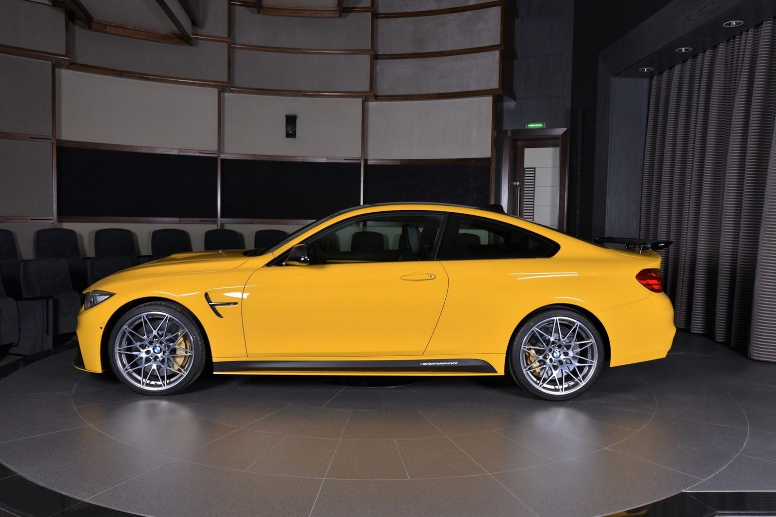 Yellow F82 BMW M4 Individual (9)