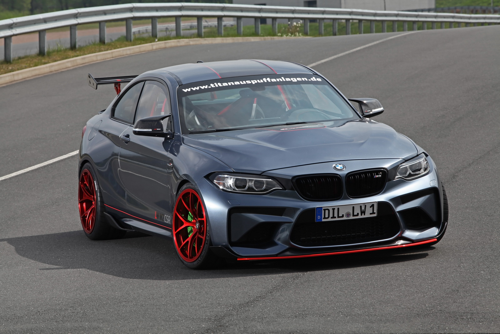 BMW M2 with Power Kit by Lightweight Performance (2)