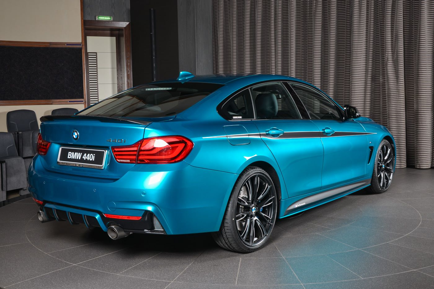 bmw abu dhabi motors 440i gran coupe equipped with a. Black Bedroom Furniture Sets. Home Design Ideas