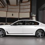 BMW 7-Series 740Le M Sport in Abu Dhabi (4)