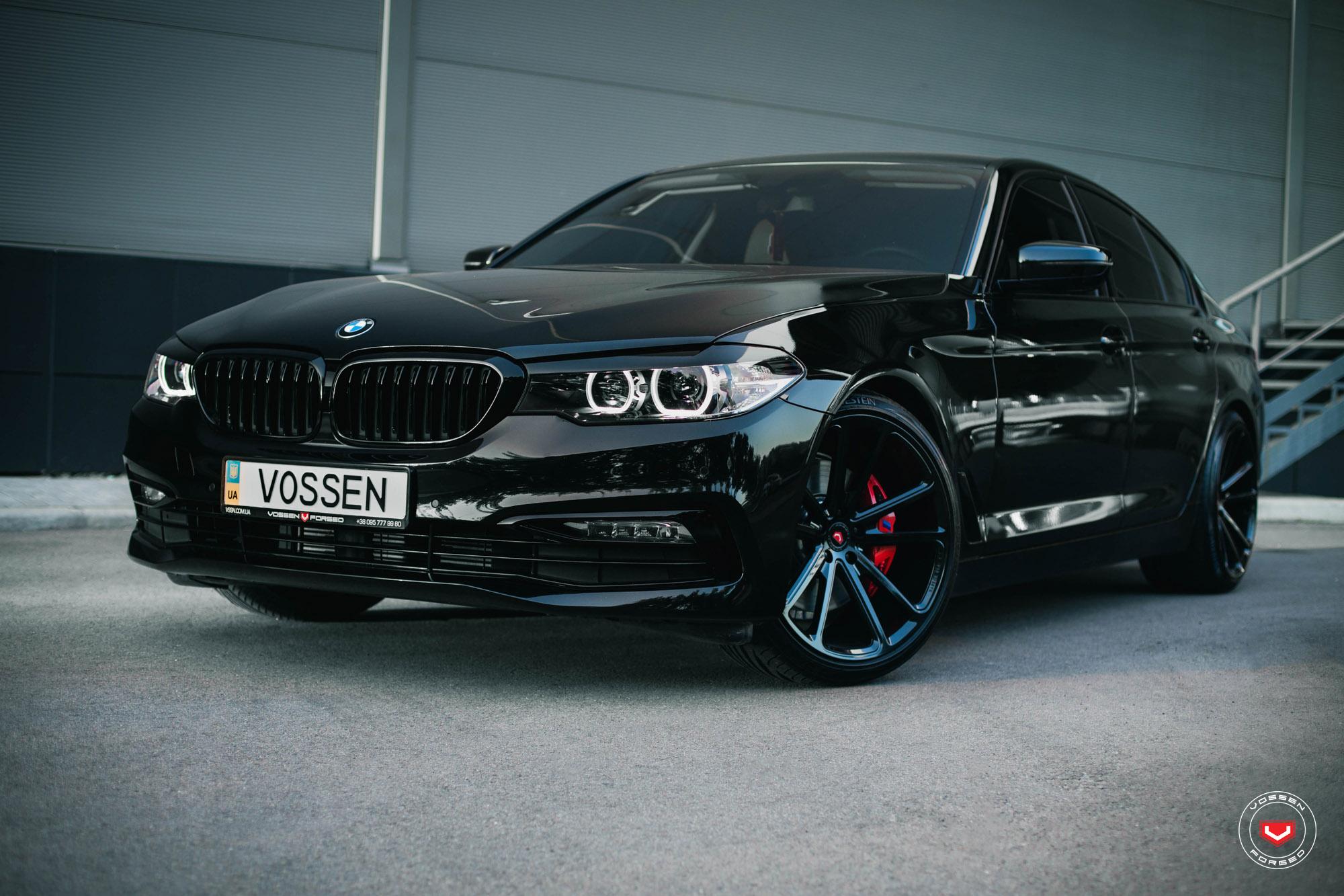 Carbon Black Metallic G30 Bmw 5 Series With Vossen Wheels