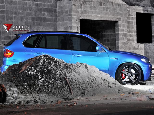 E70 BMW X5 M by Velos Designworks
