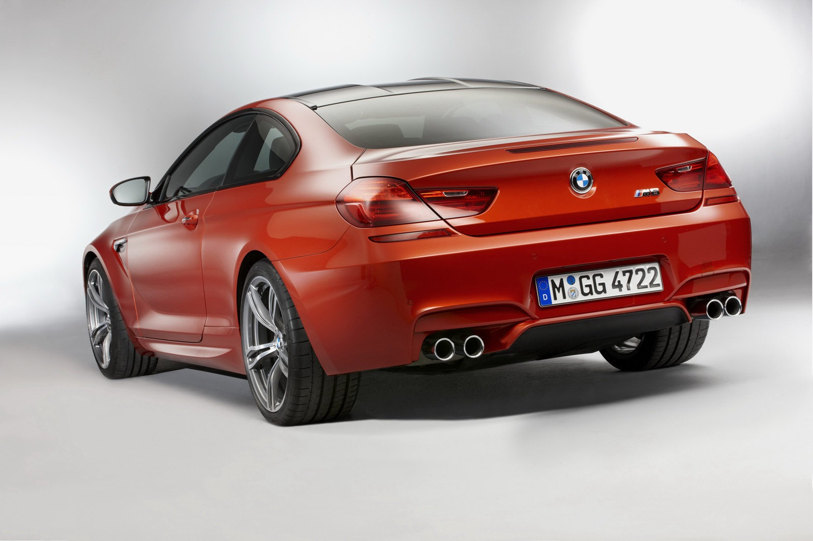 F12 BMW M6