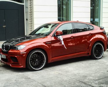 Red BMW X6 Hamann