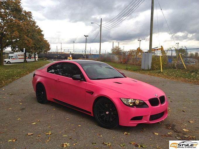 E92 BMW M3 in Matte Pink