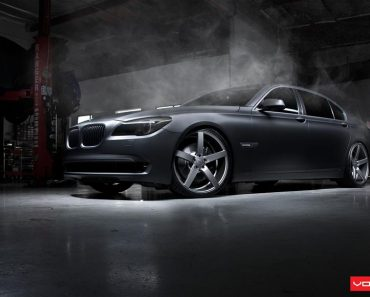 F01 BMW 7 Series by Vossen Wheels