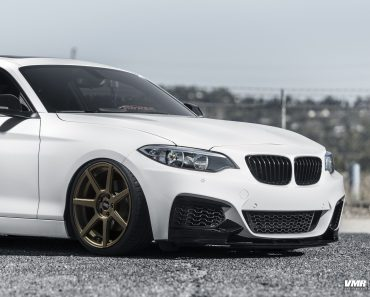 BMW M235i by VMR Wheels