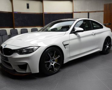 Alpine White BMW M4 GTS (36)