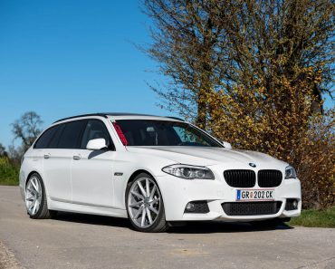 bmw-5-series-touring-rides-on-vossen-wheels-6