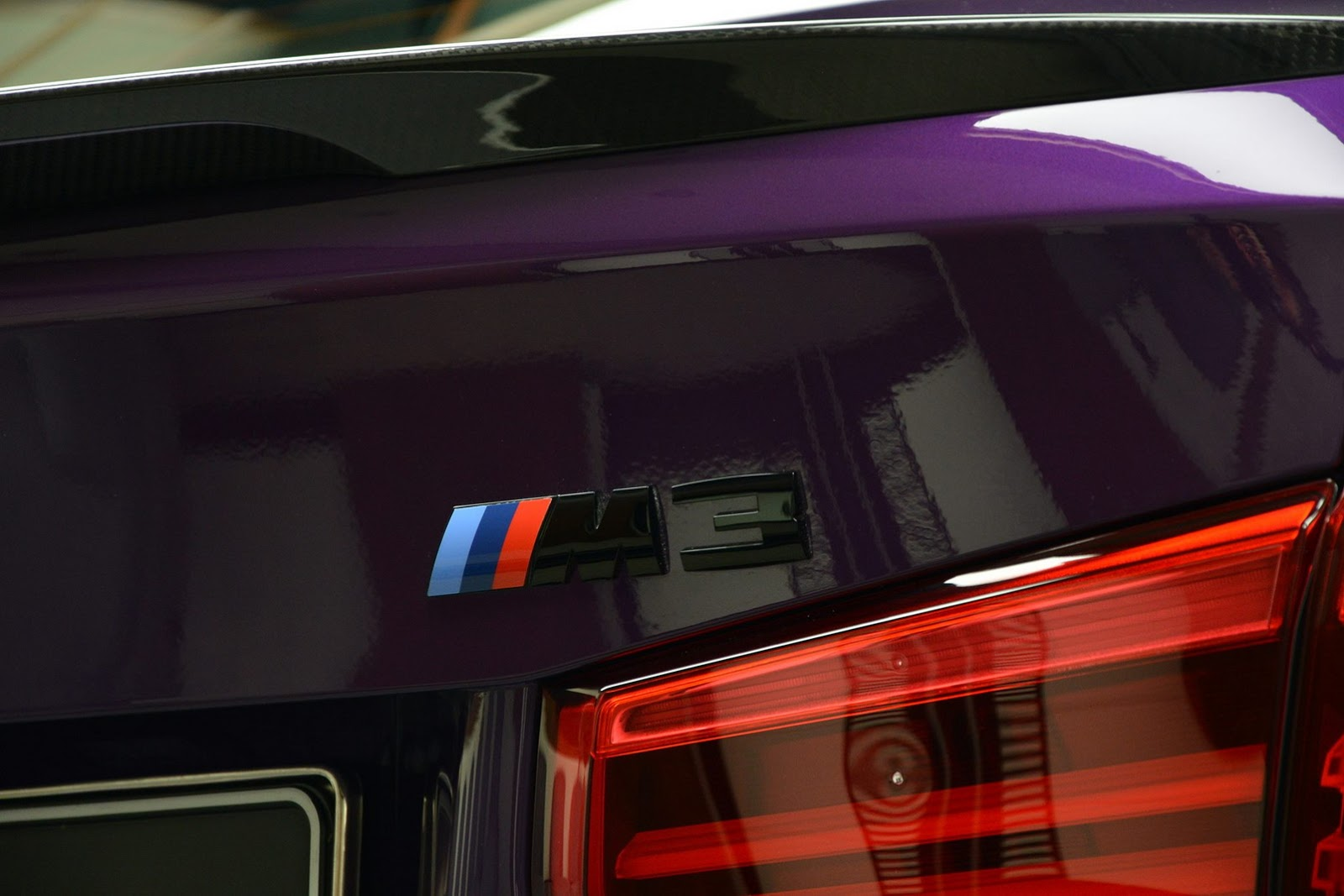 Twilight Purple BMW M3 with Competition Package (3)