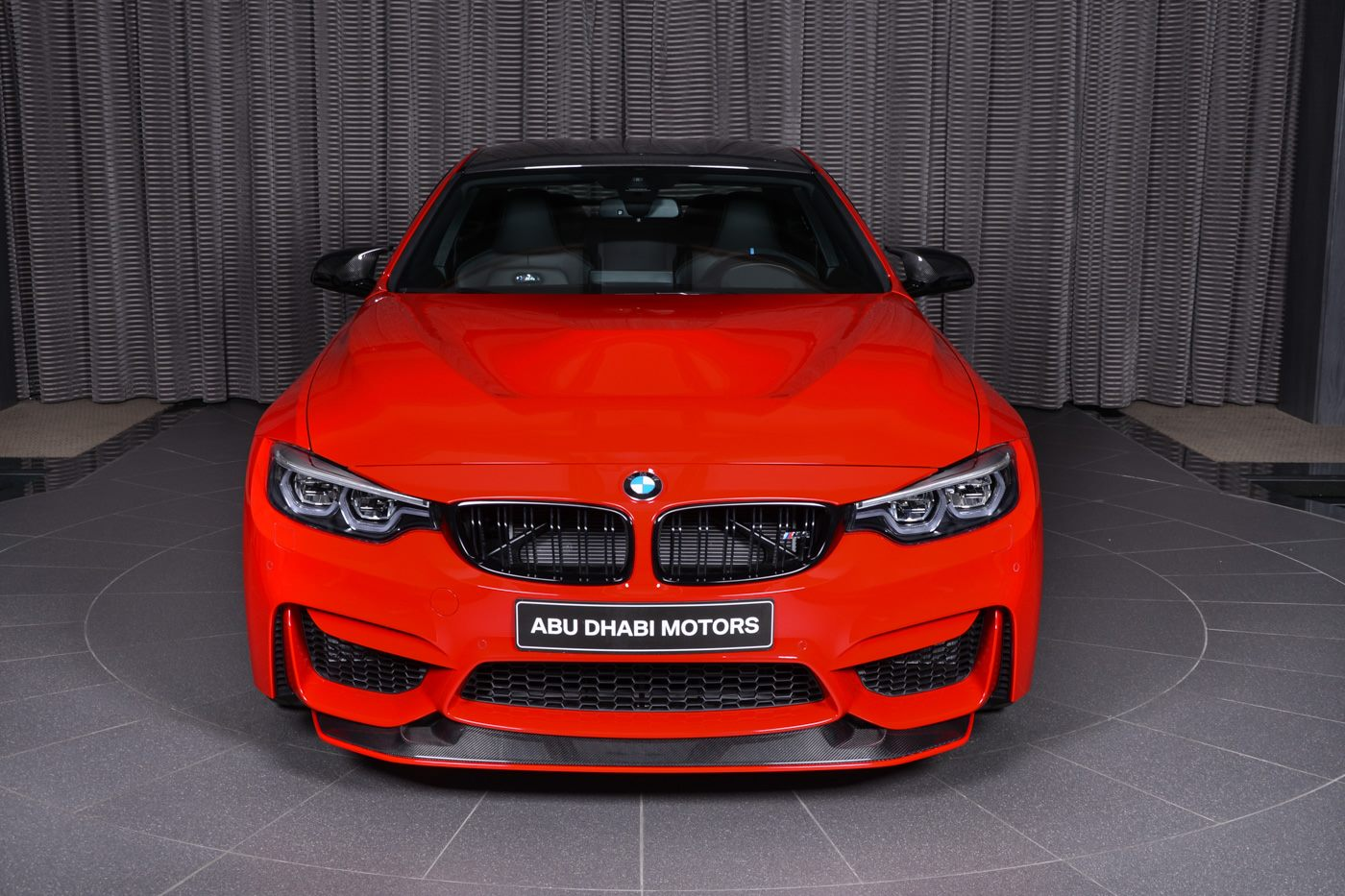Ferrari-Red-F82-BMW-M4 (2)