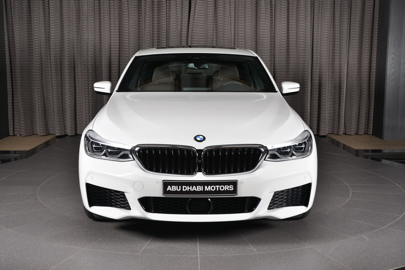 BMW 6-Series 640i (2)