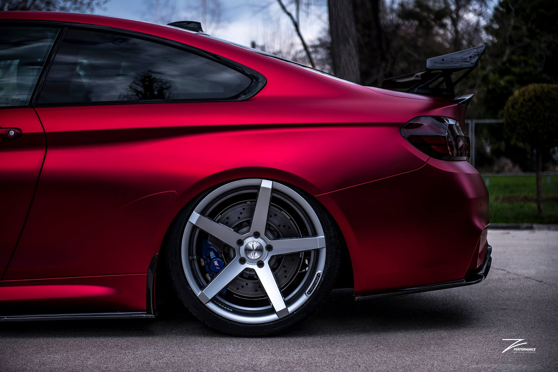 Satin Red BMW M4